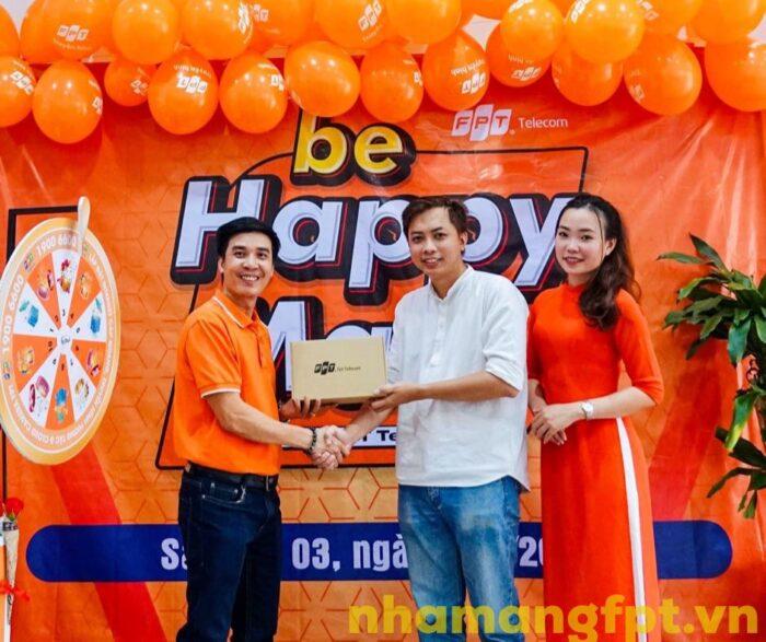 FPT Telecom 3 năm liền đạt giải thưởng về dịch vụ khách hàng viễn thông Việt Nam 2018-2019-2020.