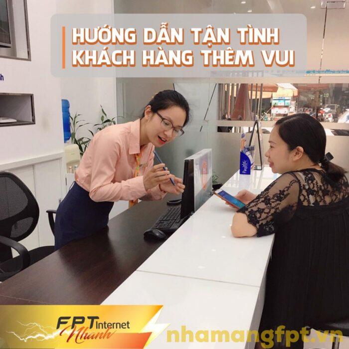 Hướng dẫn khách hàng thủ tục đăng ký lắp mạng FPT.