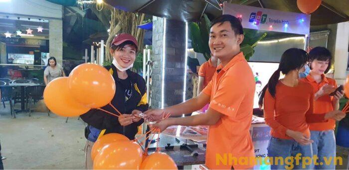 Hướng dẫn khách hàng làm thủ tục lắp mạng FPT ở Huyện Củ Chi.