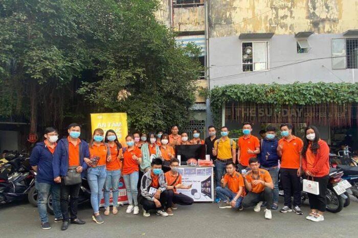 Đội ngũ kinh doanh FPT luôn hỗ trợ thủ tục tối ưu nhất cho khách hàng ở Quận Tân Bình.